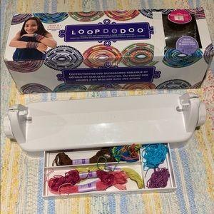 Loop De Doo Friendship Bracelet Making Kit